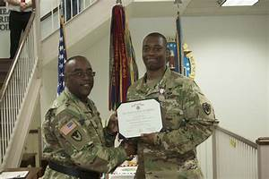 Distribution's aide-de-camp receives Defense Meritorious ...