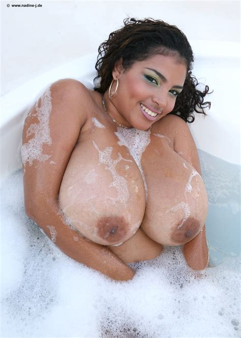 "dominican poison ""bubble bath"" nsfw bootymotiontv"