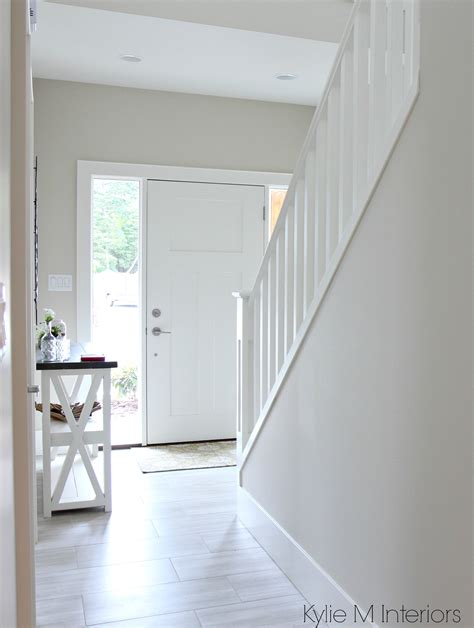 bathroom paint ideas blue benjamin edgecomb gray or greige in entryway foyer