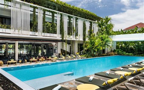 Best World The Top Hotel In The World On Tripadvisor Costs 113