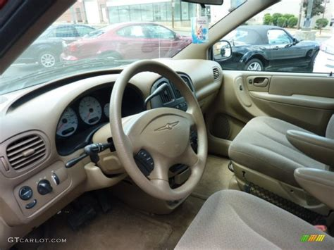 2003 Chrysler Voyager Lx by Taupe Interior 2003 Chrysler Voyager Lx Photo 50504128