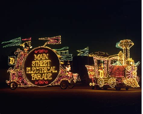 disneyland festival of lights sixty years of innovation main street electrical parade