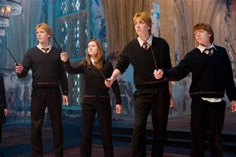 Image Result For Ginny Weasley Movies Fred Weasley Harry Potter Harry Potter Movies