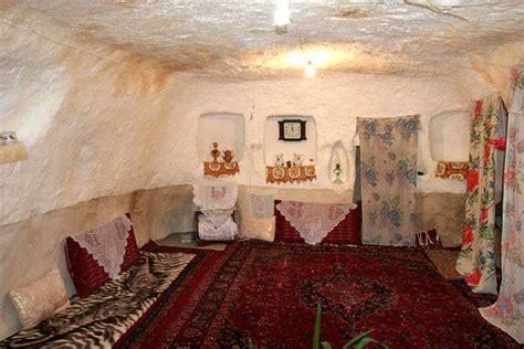 troglodyte village  iran  years