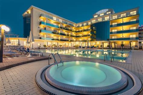 Hotel Forlì 4* Hotel Valverde & Residenza (emilia Romagna. The Privilege Floor. Hakone Highland Hotel. The Salty Monk Hotel. Cosmopolitan Hotel Dubai. Expotel Hotel. Hotel Sonnleiten. Supatra Hua Hin Resort. Hotel Gerbermuhle