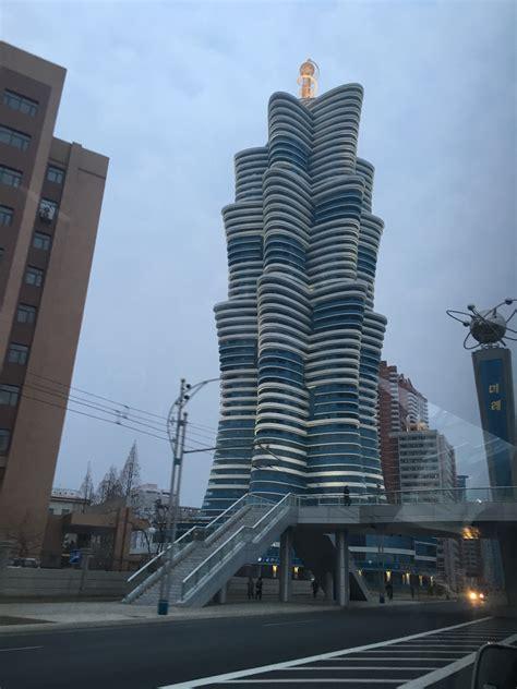 gallery  architecture  propaganda  north korea