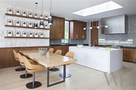 eclairage de cuisine ambiance cosy par le luminaire led dans une cuisine