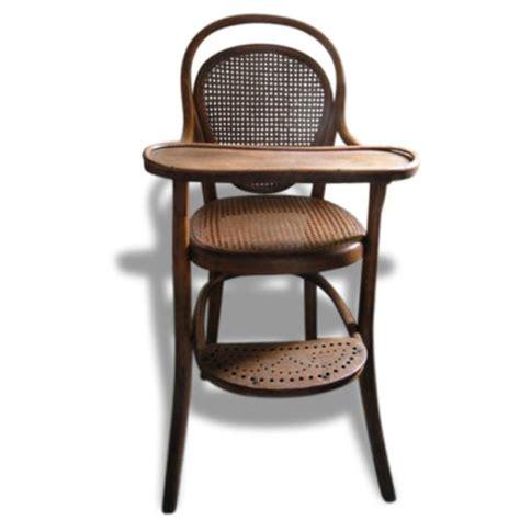 siege thonet 17 meilleures idées à propos de chaise haute bébé bois sur