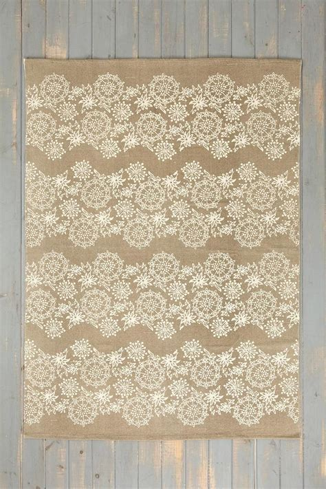 plum and bow rug plum bow rug rugs and bows