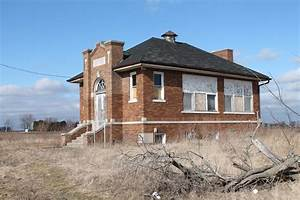 SheJunks: One Room School House....