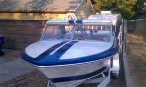 Pictures of Vintage Fiberglass Speed Boats For Sale