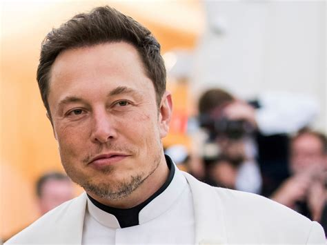 Elon (the erroneous version ilon is also used) reeve musk is a canadian and american entrepreneur, innovator, engineer and inventor, and business tycoon who invests in huge innovative projects. Elon Musk's steady hand marks a 'New Era' for Tesla