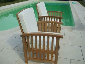 Fauteuil Jardin Bois : un fauteuil de jardin en teck chez lignes et brico deco ~ Teatrodelosmanantiales.com Idées de Décoration