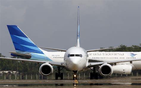 garuda indonesia beralasan penundaan penerbangan akibat