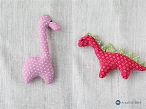 Stofftiere Für Babys : diy stofftiere n hen mit oder ohne rassel kleine geschenkidee ~ Eleganceandgraceweddings.com Haus und Dekorationen