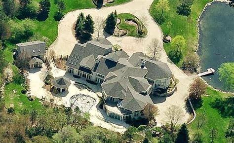Serene Beauty Amidst Chaotic World Home Eminem House