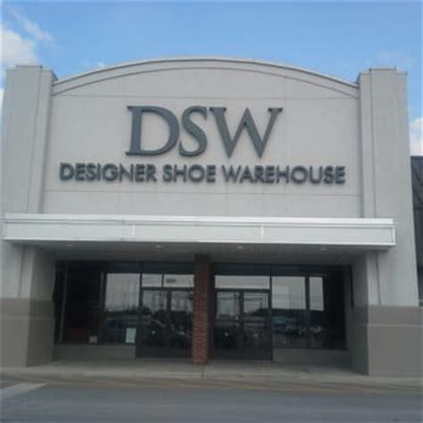 dsw designer shoe warehouse dsw designer shoe warehouse 16 photos 10 reviews