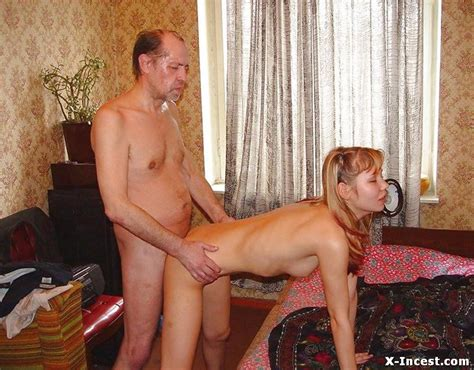 Nude Pictures Of Dad And Daughter Porn Pictures - FREE INCEST PICTURES!
