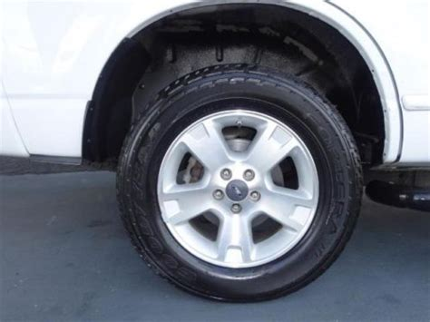 find   ford explorer xlt    automatic