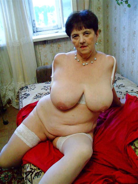 Watch Dozens Of Fantastic Mature Sex Photos