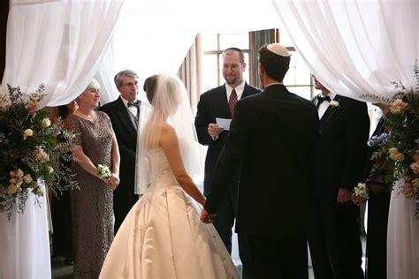 styles ideas unique jewish weddings traditions