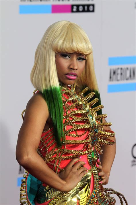 Nicki Minajs Hair Evolution From Crazy And Colorful To