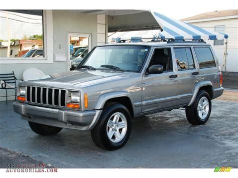 old jeep grand cherokee 2001 jeep cherokee classic in silverstone metallic