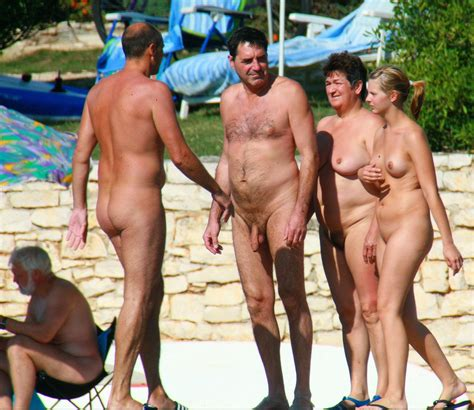 In Gallery Nudist Families Picture Uploaded By Nudist Couple On