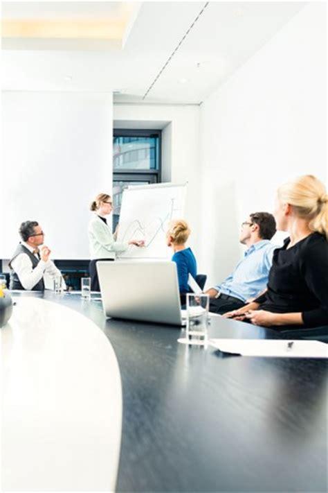 cabinet recrutement assistanat haut niveau titre professionnel assistant e ressources humaines option paie niveau iii metier gestionnaire