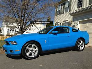 2010 Ford mustang v6 pony package review