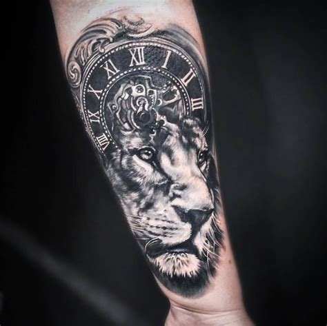 lion clock tattoo artist anastasiya bortnik www