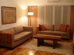 Decorating ideas for apartments with simple living room for Simple decorating ideas for small living room