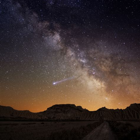 Shooting Star Memorial Ashes Into Space