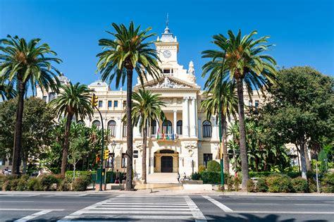Lidojumi uz Malagu un atpakaļ sākot no 58 EUR | Brīvdienām.lv