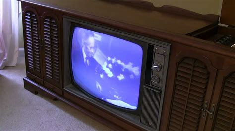 what year did the color tv come out 1969 rca new vista color tv turned on after 10 years