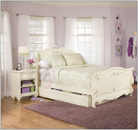 Ethan Allen Furniture Bed Frames by Vintage Style Bedroom Decor