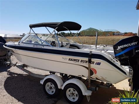 Haines Bowrider Boats by Haines Signature 550 Bowrider Family Ski Boat For