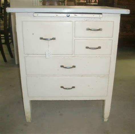 vintage enamel top kitchen cabinet 1000 images about enamel top cabinets on 8830