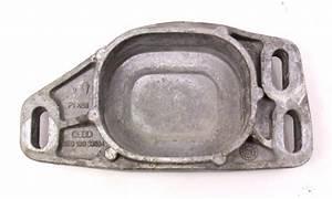 Front Engine Cup Mount Bracket 04