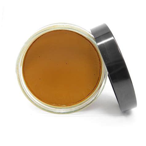 nourrir canapé cuir cirage avel d 39 entretien du cuir couleur fauve pour canapés