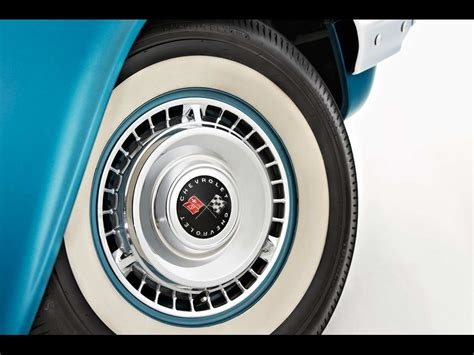 Classic Tyres On Classic Cars