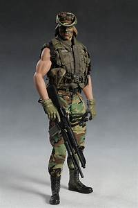 Predator  Dutch And Billy Sixth Scale Action Figures