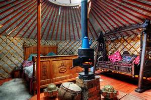 Traditional Yurt Interior | I like this..... | Pinterest