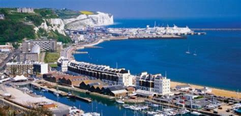 Migrants Picked Up Near Dover - Heart Kent