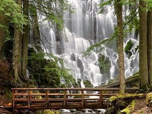 ThinKewl: Most Beautiful Waterfalls in the World