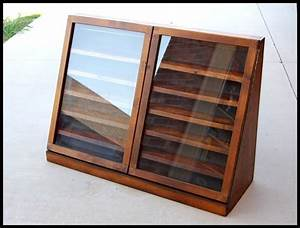 10+ best ideas about Knife Display Case on Pinterest