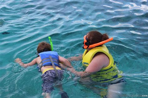 Glass Bottom Boat Turks And Caicos by 10 Things Your 6 Year Old Will Go Crazy For At Beaches