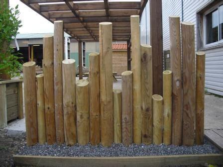 deco jardin avec rondin de bois