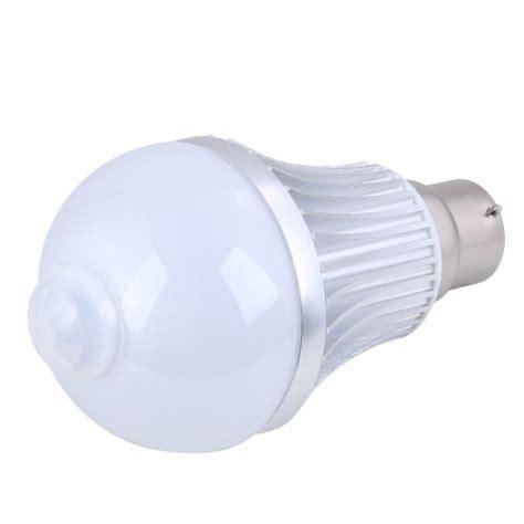 led motion and light sensitive pir led light bulb