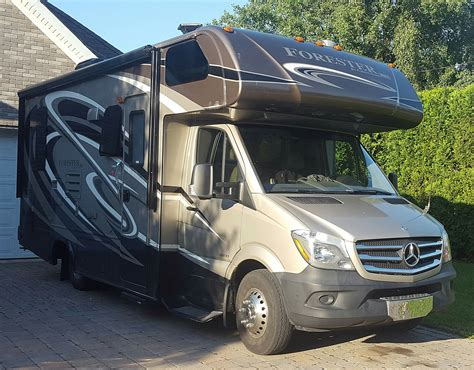The mercedes vario camper for sale in the uk offers plenty of room and comfort for the entire family. File:Mercedes-Benz Sprinter RV.jpg - Wikimedia Commons